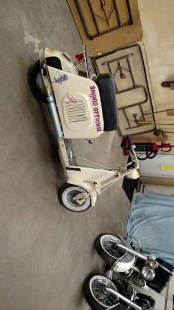 Photo 2 Cushman motor scooters 2700 for the pair - $2,700 (Osseo)