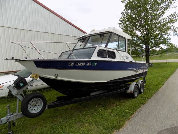 Photo 99 STARCRAFT 221 ISLANDER - $8,500 (LACROSSE)