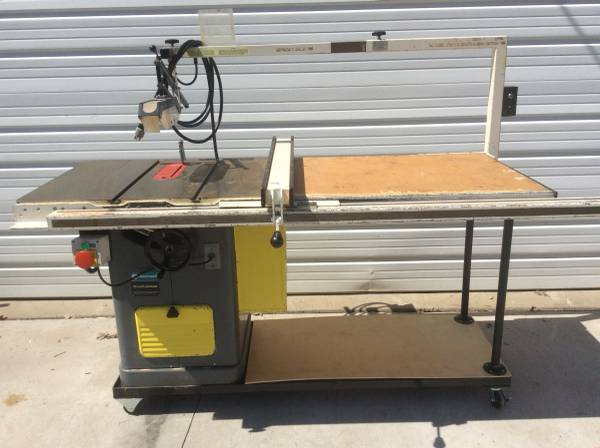 Photo Delta Rockwell 10 Unisaw Cabinet Table Saw wBiesmeyer Fence - $750 (Winona)