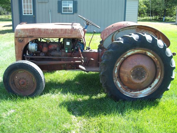 Photo For Sale Ford 8N Late Model Tractor - $1,500 (Merrillan)