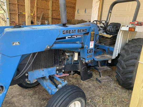 Photo Ford New Holland 6640 85 hp tractor - $13,000 (Melrose, WI)