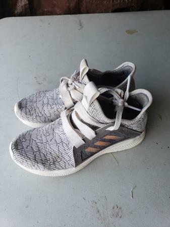 Photo Girls Adidas Shoes - $20 (Trempealeau)