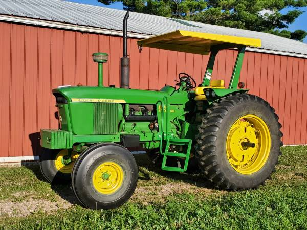 Photo John Deere 4020 tractor - $16,000 (Amherst, WI)