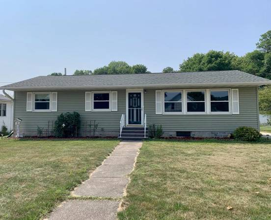 Photo Just Listed Ranch home with one floor living 1706527 (705 N High ST Rushford)