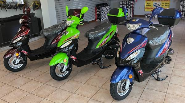 Photo New Road Legal 2020 Gas Powered 50cc Scooters In Stock - $1,050 (www.Q9PowerSports.net)