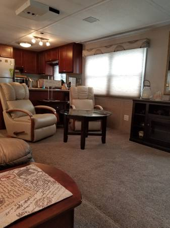 Photo Stardust Houseboat live-aboard 14x58 - $74,900 (La Crosse)