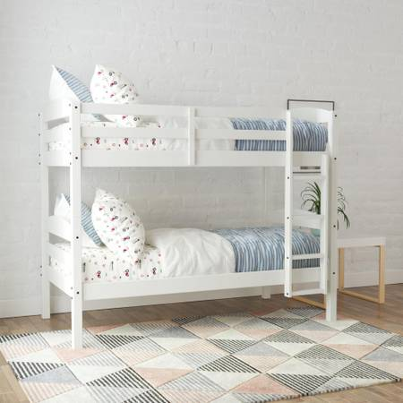 Photo TWIN SIZE WHITE BUNK BEDS - $175 (LACROSSE AREA)