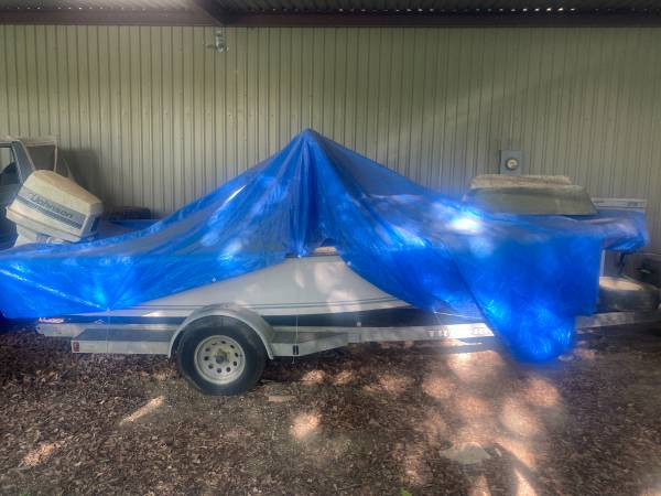Photo 19 foot center console Cajun boat for sale - $2,000 (Port Barre)