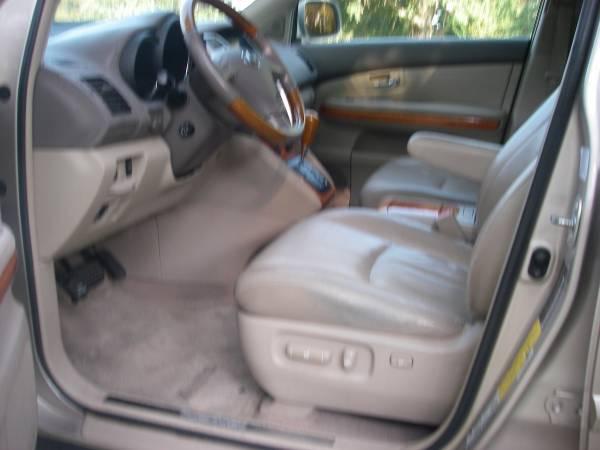 Photo 2005 LEXUS RX330 - $5,450 (Lafayette)