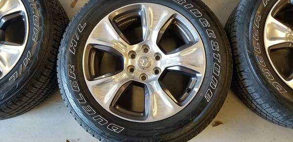 Photo 20 inch 2019 Ram 1500, GMC, Chevy 6 lug rims and tires - $980