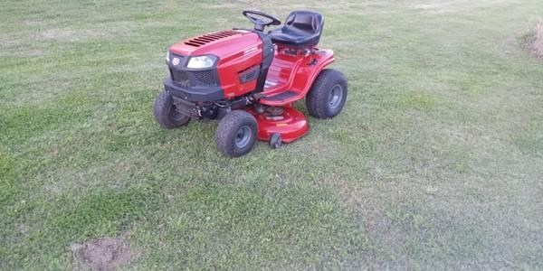Photo 42quot Craftsman riding lawn tractor mower - $950 (Carencro, La.)