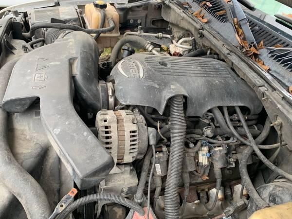 Photo 5.3 GMC vortec motor - $500 (Lafayette)