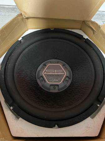 Photo Audiobahn Subwoofer 15in - $125 (Youngsville)