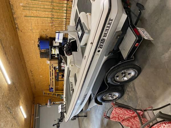 Photo Bullet Bass Boat - $17,500 (Lafayette)