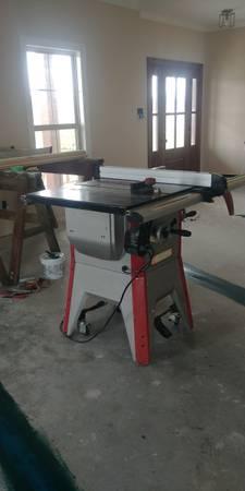 Photo Craftsman table saw - $500 (New Iberia)