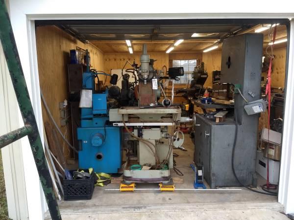 Photo Lathe, milling machines, grinders, crane, etc. (Lafayette, LA)