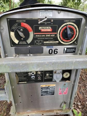 Photo Lincoln SAE 400, Welding Machine - $2,500 (Cecilia)
