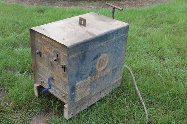 Photo Miller Welding Machine Maquina de Soldar 250Amp Hecho en Mexico - $400 (Lafayette)
