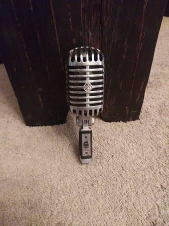 Photo Vintage Shure Unidyne Dynamic microphone - $100 (Lafayette)