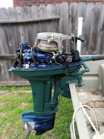 Photo 15 hp Tohatsu outboard - $600 (Katy)