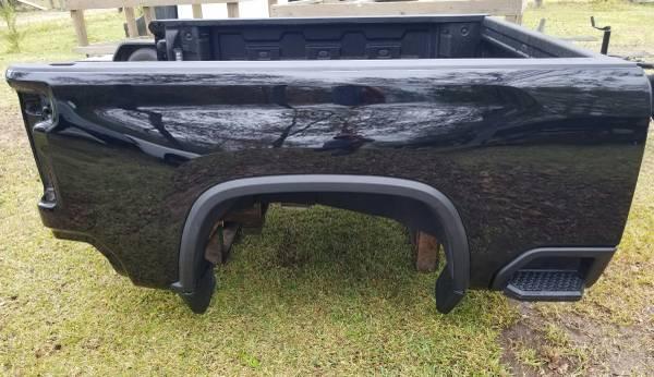 Photo Chevy Silverado HD 6.6ft Bed Black 2020 - $2,200 (Willis)