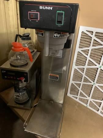 Photo Commercial Grade Coffee  Tea Makersdispensers - $250 (Nacogdoches Texas)
