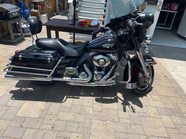 Photo Harley Davidson Electra glide police - $22,000 (Galveston)