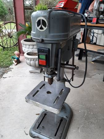Photo Delta Rockwell Drill Press 15-017, 38 chuck - $450 (Lake CityWellborn FL)