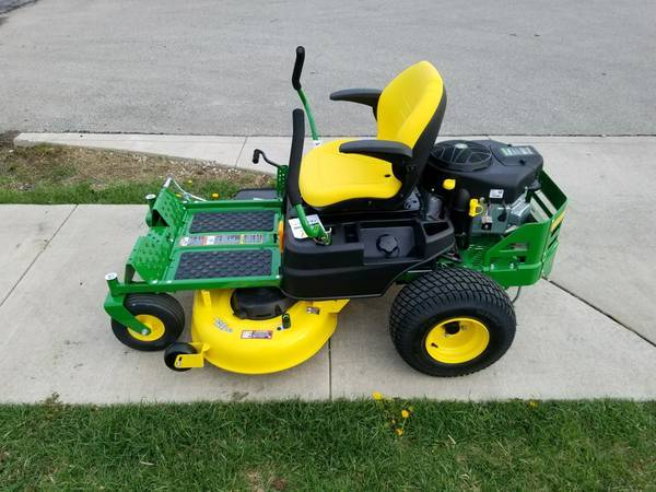 Photo John Deere Z345R Zero Turn Lawn Mower - $2,899 (Lake City)
