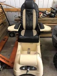 Photo Pedicure chair - $150