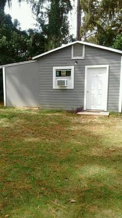 Photo Small efficiency apt. $400 (Madison, FL.)