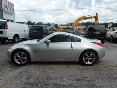 Photo Used 2006 Nissan 350Z Base for sale