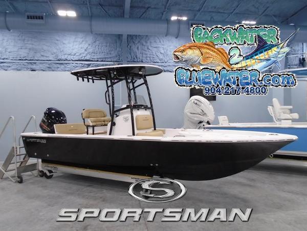 Photo 2021 Sportsman Masters 227 Bay Boat
