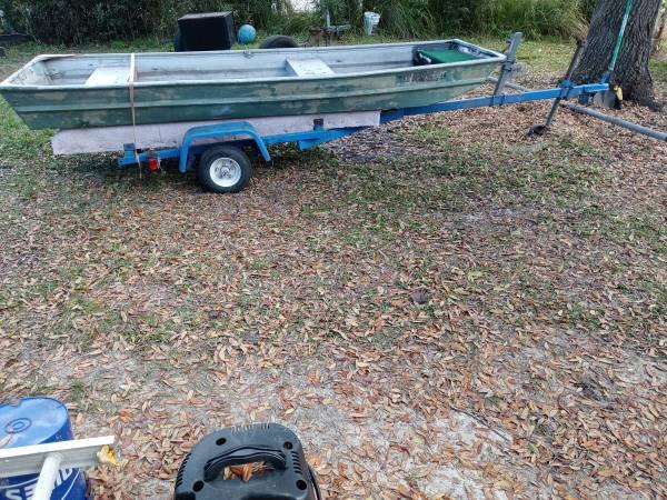 Photo 12ft jon boat with trailer - $900 (Lakeland)