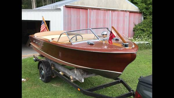 Photo 1955 Chris Craft Continental - $30000 (pinconning)