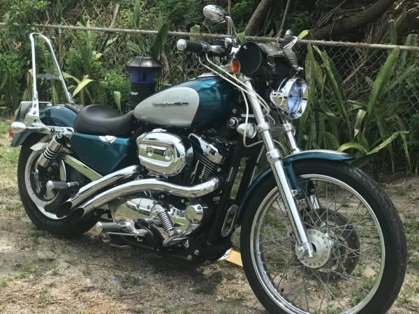 Photo 2004 Harley Davidson Sportster 1200C - $5,600 (Merritt Island)