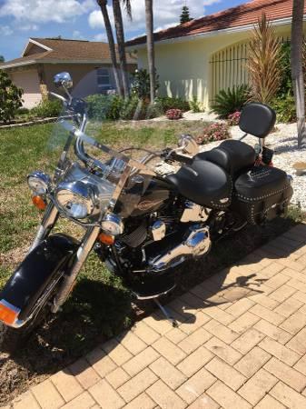 Photo 2006 Harley Davidson Softail Heritage Classic Motorcycle - $8,799 (St Petersburg)