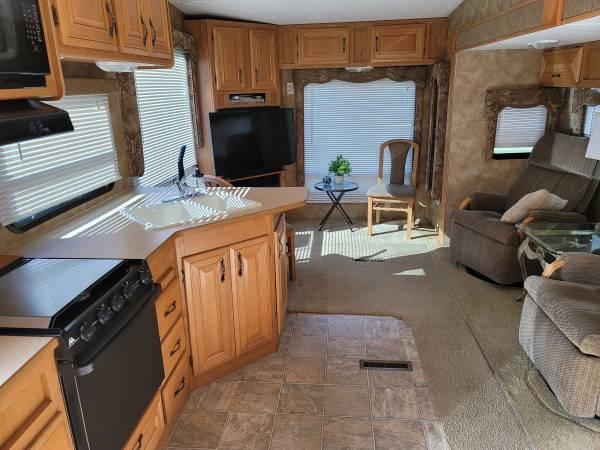 Photo 2007 Keystone Laredo - TAKE OVER PAYMENTS - $389 (Lakeland, FL)