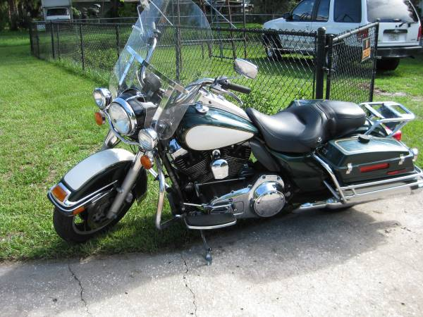 Photo 2010 Harley-Davidson Road King - $7,500 (Lakeland)