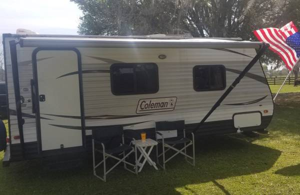 Photo 2016 Coleman Travel Trailer Cer - Cash or Take over Payments - $1 (Polk City)
