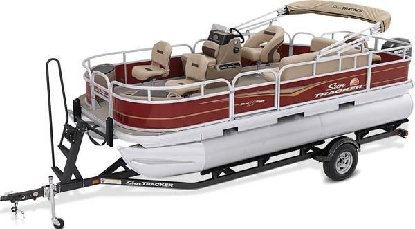 Photo 2021 1839 Sun Tracker Bass Buggy Pontoon Boat - $29,000 (Leesburg)