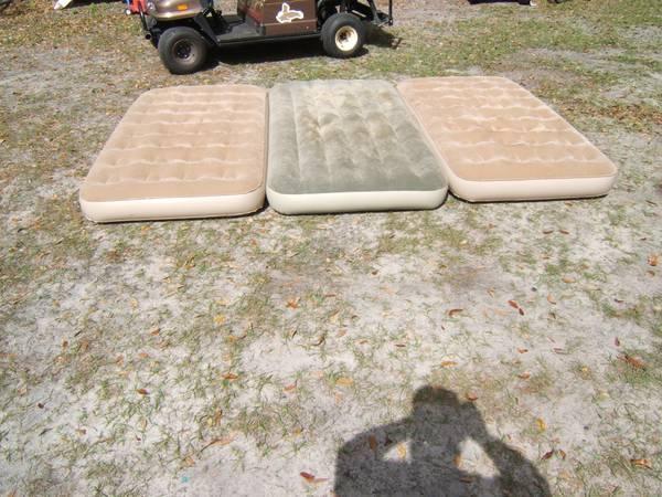 Photo 3 air twin air mattresses - $25 (n lakeland off of deeson rd)