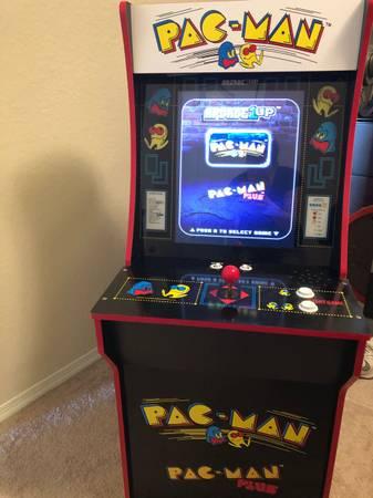 Photo ARCADE UP PAC-MAN GAME - $100
