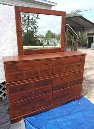 Photo Ashley Furniture Brittberg - Reddish Brown Dresser - $150 (Frosproof)