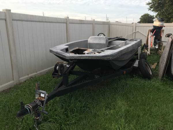 Photo Bass boat sale or trade - $1,200 (Fort Meade)