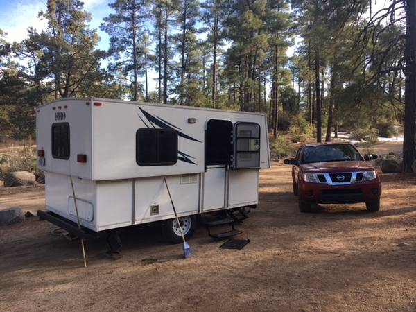 Photo Hi-Lo travel trailer 2018 - $12,250 (North Lakeland)