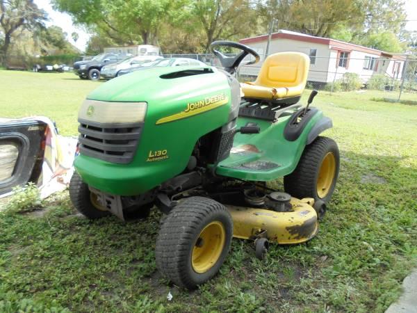 Photo John Deere L130 Riding Lawn Mower - $300 (Auburndale)