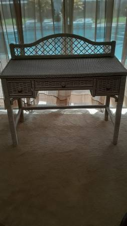 Photo Large White Wicker Vanity Dressing Table - $75