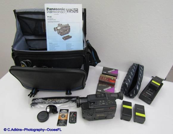 Photo MEDIA COMBO SET PANASONIC PALMCORDER and MINOLTA MAXXUM CAMERA - $220 (Ocoee)