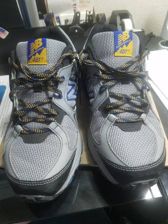 Photo New Balance Men39s 481 V3 Trail Running Shoes, Size 9 4E, SteelBlack - $55 (Lakeland)